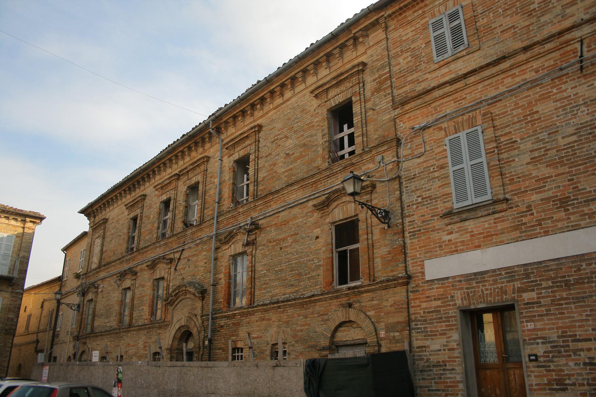 Palazzo Trenta - Habitual Tourist